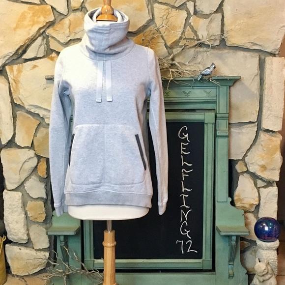 lululemon athletica Tops - Lululemon Avenue Sweatshirt Grey Pullover